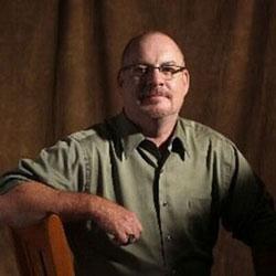 Il dottor John Cencich (PhD)